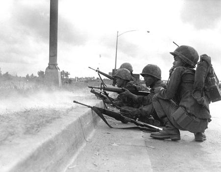 ARVN_Rangers_defend_Saigon,_Tet_Offensive2