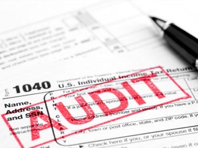 نقش تجزیه تحلیل استراتژیک و ریسک تجاری در حسابرسی مالی