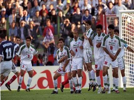 دانلود خلاصه فوتبال ایران و یوگسلاوی جام جهانی1998