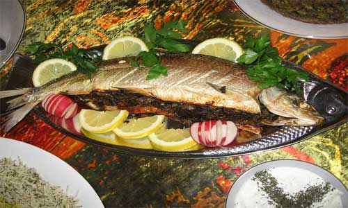 طرز تهیه غذاهای شمالی (ماهی شکم پر)
