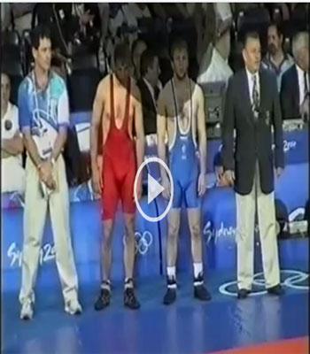 دانلود کشتی اوماخانوف روس و بارزاکوف بلغار در فینال المپیک 2000