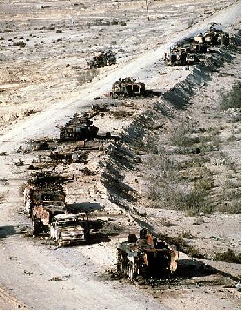 دانلود مستند حمله زمینی در عملیات طوفان صحرا